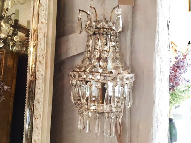 French Vintage Crystal Wall Light La Maison