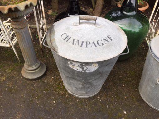 Champagne Hopper LMGA24