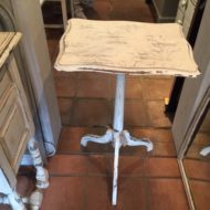 Painted Tripod Table LMT18